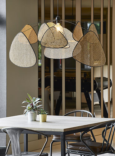 Suspension XXL, gamme Screen Cannage. design by MARKET SET